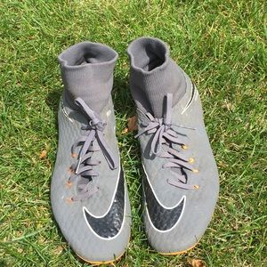 Nike Hypervenom Soccer Cleats with Sock size 11